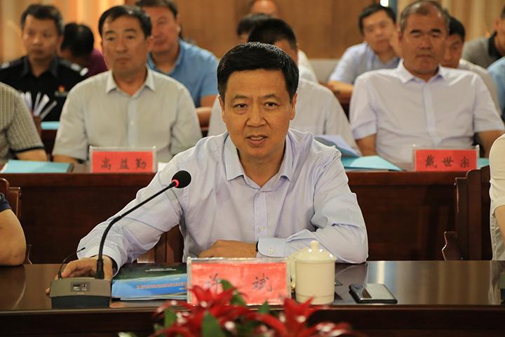 延边州副州长许斌在座谈会上发言.jpg